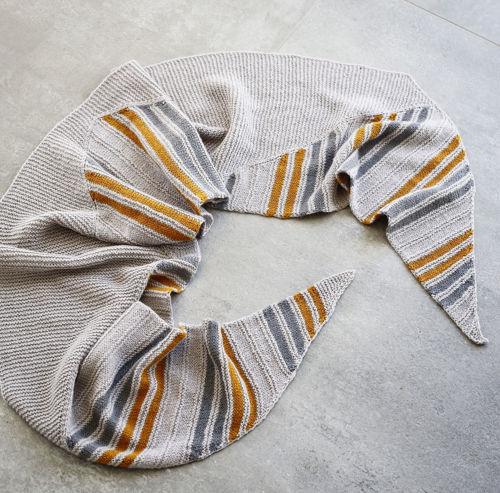 Billede af STRIBEVIS tørklæde